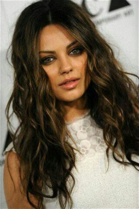 mila kunis hair color mila kunis hair things to try highlights