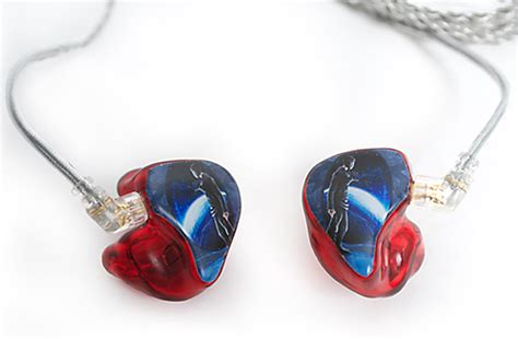 product review ultimate ears custom 11 pro earphones ultimate ears 18 pro in ear monitors musicplayers com