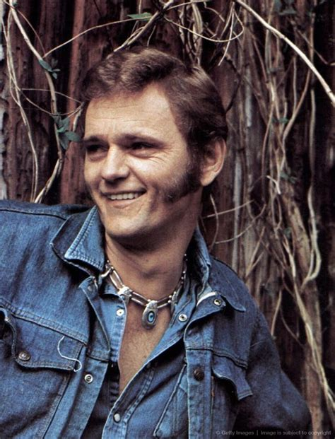 jerry reed burt reynolds the o jays and country music singers on