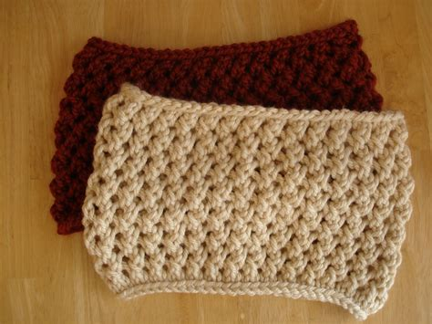 free cowl knitting patterns with bulky yarn fiber flux free knitting pattern spice cowl