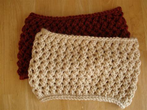 free cowl knitting pattern fiber flux free knitting pattern spice cowl