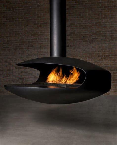 Float suspended bioethanol fireplace