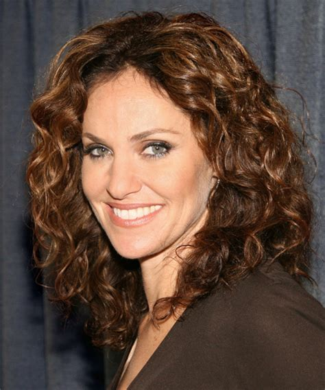 cute medium length permed hairstyles over 40 amy brenneman long curly casual hairstyle