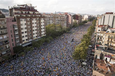 imagenes barcelona venezuela fotos la diada de catalu 241 a 2015 catalu 241 a el pa 205 s