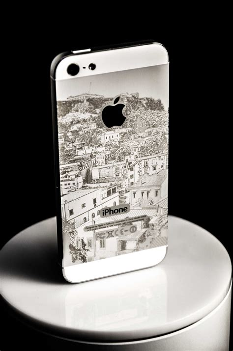 Razorlab Custom Engraving For All Of Your Gadgets by Electronics K Hub