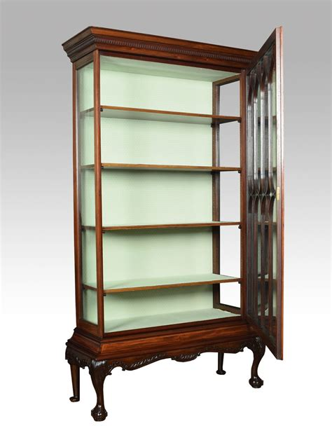 Antique Chippendale Display Cabinet Chippendale Revival Single Door Display Cabinet Antiques