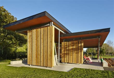 building  clt  applications  wood structures
