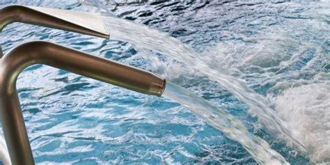 doccia fredda benefici una doccia fredda aiuta circolazione e sistema immunitario