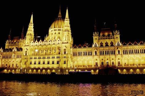 dinner on boat vienna captivating cruise by the danube styleat30