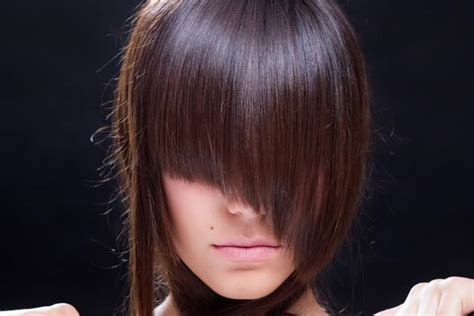 v diagonal hairstyle hairstyles with bangs