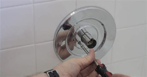 Bathroom Shower Faucet Repair How To Repair A Leaky Bath Faucet Ehow Uk