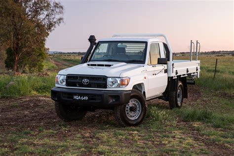 land cruiser 70 2017 toyota landcruiser 70 series review caradvice
