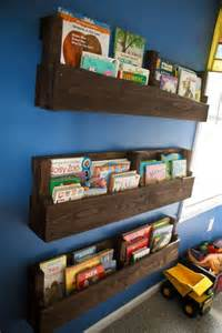 wooden pallet bookshelves tutorial 99 pallets