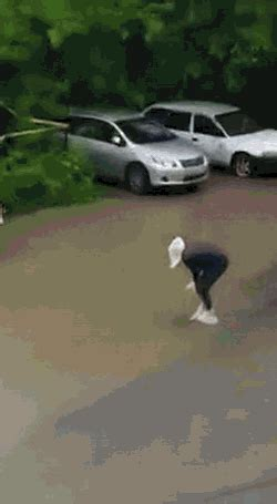 gif format size gotta keep the hair and feet dry gif create discover