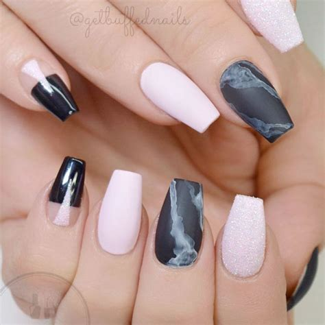 subtle nail designs women in there 40s unforgettable short coffin nails ideas