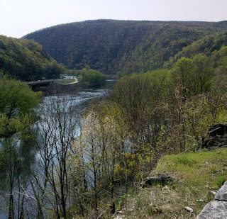 the delaware river divides pennsylvania and new jersey activee mobility driving an electric bmw 1 series a