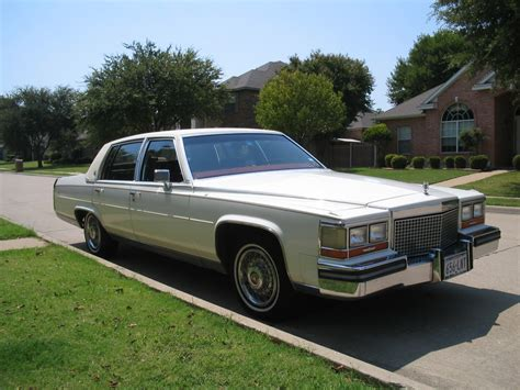 Size Of Three Car Garage 1987 cadillac brougham