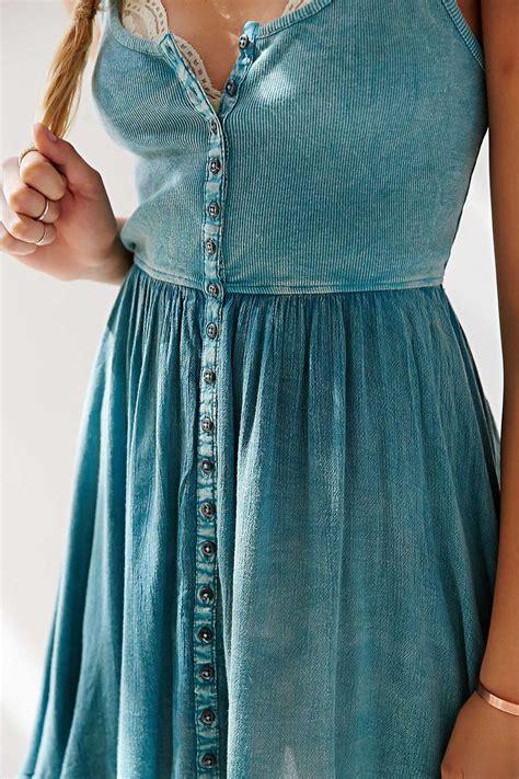 Dress For Button pin by ariya jacob on inspiration