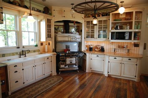 Period Kitchen Cabinets Period Cabinetry Historical Farmhouse Farmhouse Kitchen Other Metro By