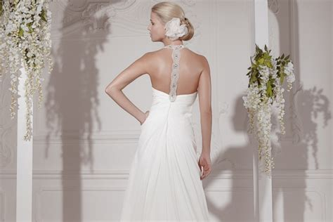 fan xia braut white silhouette brautmode in riem goldst 252 ck