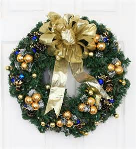 yule tide solar powered christmas wreath