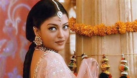 film india terbaru aishwarya rai top most ravishing looks of evergreen beauty aishwarya rai