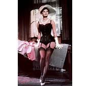 Keskustelu  Sophia Loren Oli Jumalaisen Kaunis Nainen
