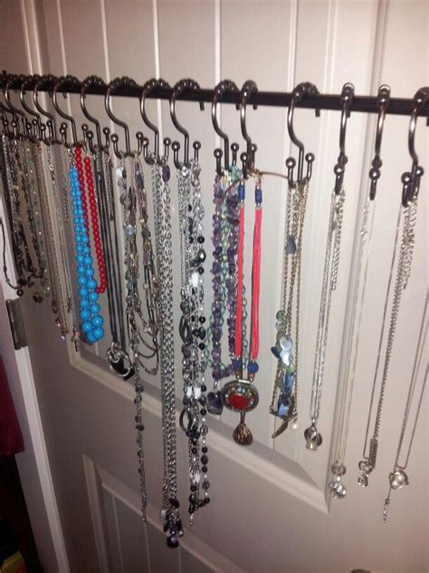 tiny curtain rods best 25 small curtain rods ideas on pinterest hanging