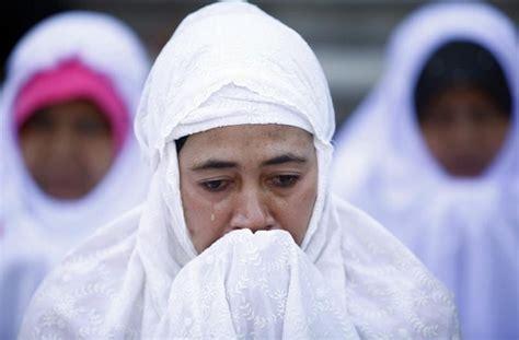 Aku Tanpa Alloh Nothing Ilustrasi Muslimah malaikat maut menangis saat cabut nyawa wanita ini