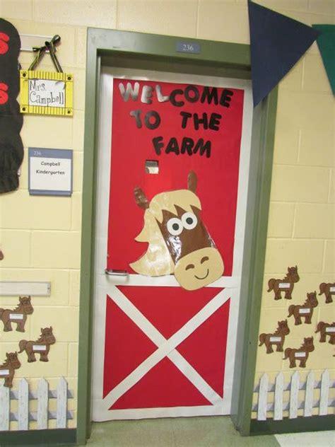 farm themed classroom decorations 25 best ideas about farm bulletin board on