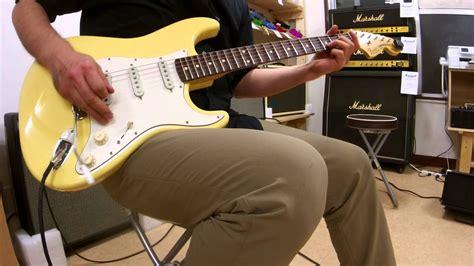 Fender Yngwie Malmsteen P fender usa yngwie malmsteen stratocaster update rosewood