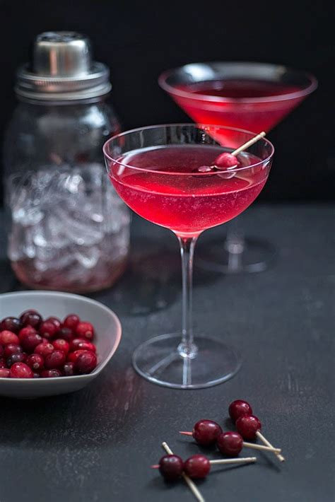 scary good halloween cocktails party inspiration