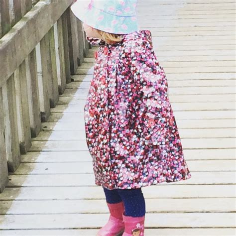 silent sunday from the land of pink claire k creations toddler fashion for the zoo silentsunday week 25