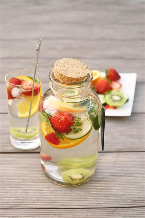 Healthy Fruit Detox Drinks by 1000 Images About Kiwi Infused Water On