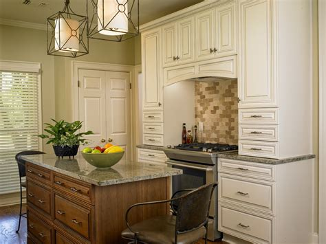 Jamestown Designer Kitchens by Jim Bishop Cabinets Usa Kitchens And Baths Manufacturer