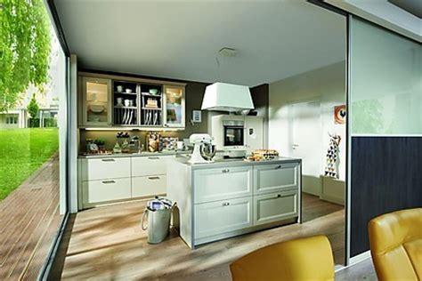 marquardt küchen arbeitsplatten rausfallschutz bett senioren