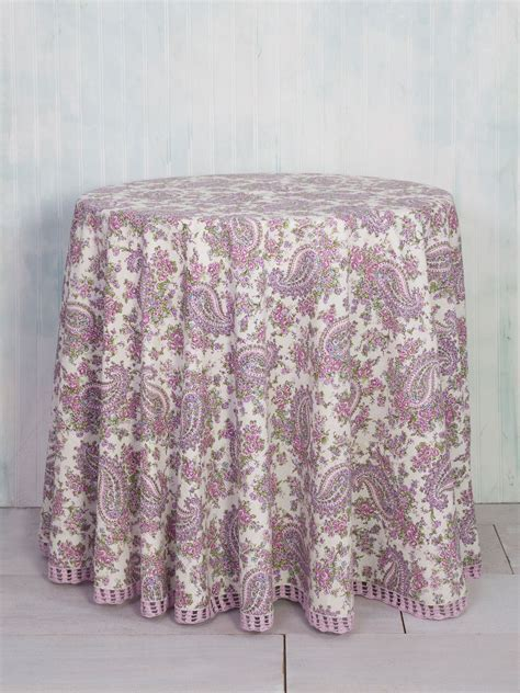 Sketch Paisley Round Cloth   Linens & Kitchen, Tablecloths