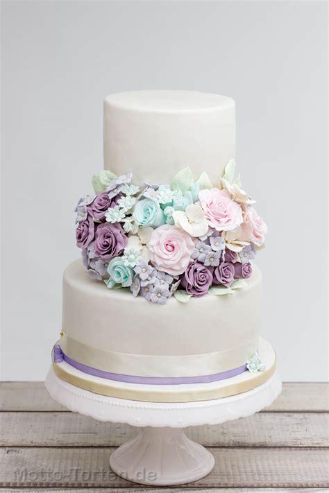Hochzeitstorte Vintage Blumen by Zeitlose Hochzeitstorte In Pastellfarben Motto Torten De