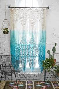 Bohemian Window Curtains 65 Refined Boho Chic Bedroom Designs Digsdigs