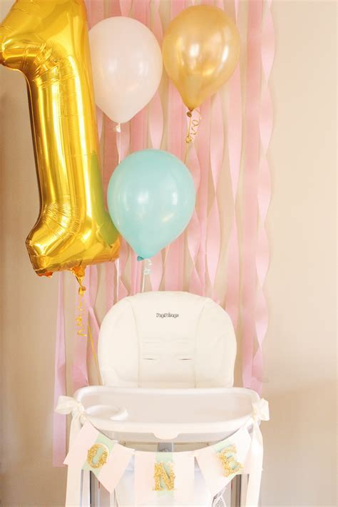 Party Reveal: Hot Air Balloon Birthday Party   Project Nursery