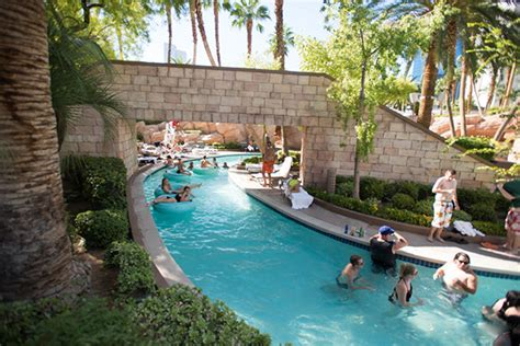 hollywood casino mississippi biloxi lazy river images las vegas mgm grand getaway package deal