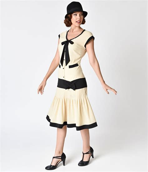style late 30s women 1920s dresses flapper inspired fashion unique vintage
