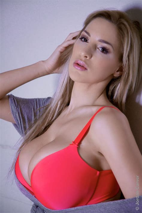 find big gorgeous hooters at boobstudy 18 best images about jordan carver on pinterest sexy