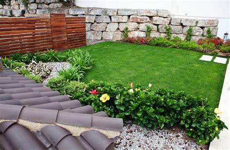 idee giardino in pendenza un giardino in pendenza che sorprende ad ogni passo idee