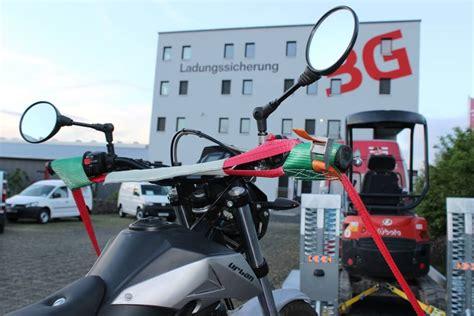 Motorrad Transport Schiene by Motorrad Transportieren