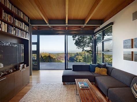 modern hillside home  pfau long architecture