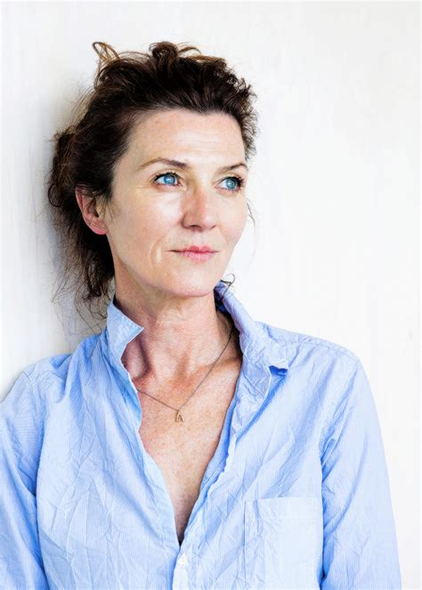 michelle fairley law and order law order svu blue bloods castle