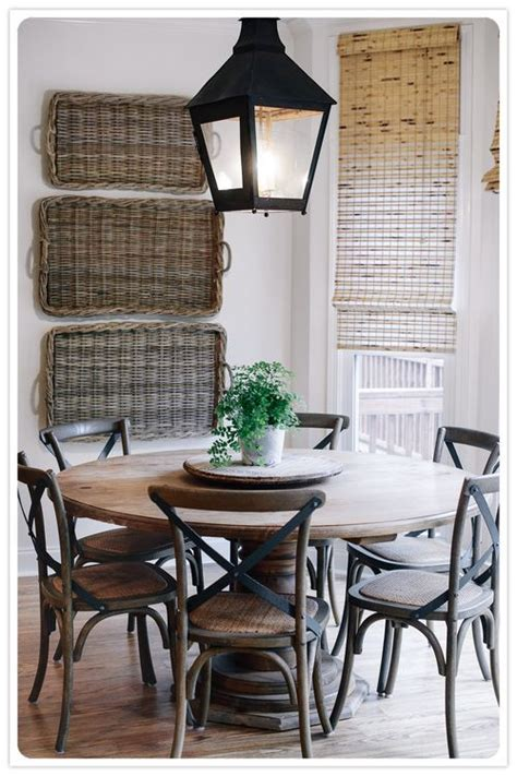 baskets  wall lantern  table dining spaces