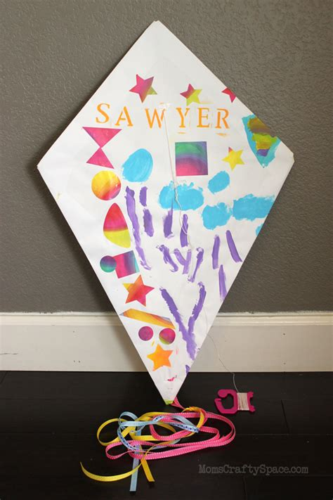 Paper Kite Craft - craft diy paper kite happiness is