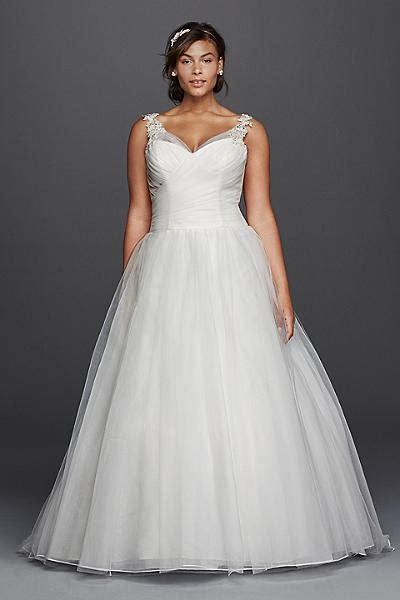 Designers With Plus Sized Wedding Dresses by 6 Designers Plus Size Wedding Dress Brands For